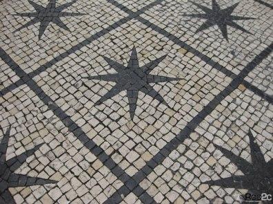 portuguese-pavement-roc2c-design-colores-stone-%e8%91%a1%e8%90%84%e7%89%99%e8%b7%af%e9%9d%a2-calcada-portuguesa-square-pavimento-portugal-1o-dezembro-rossio-lisboa-cobblestone-details-stars